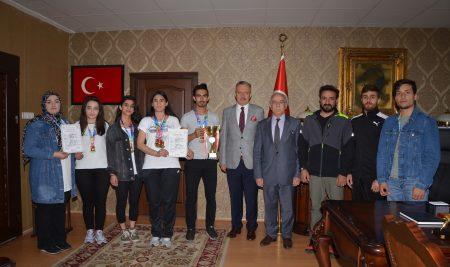 Öğrencilerimizden Atıcılıkta Türkiye Rekoru