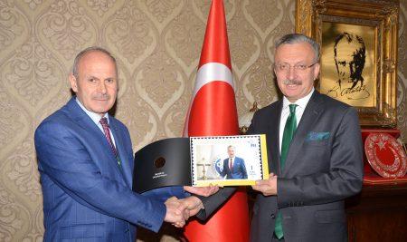 Erzincan PTT Başmüdürü Ağdaş'tan Rektörümüze Ziyaret