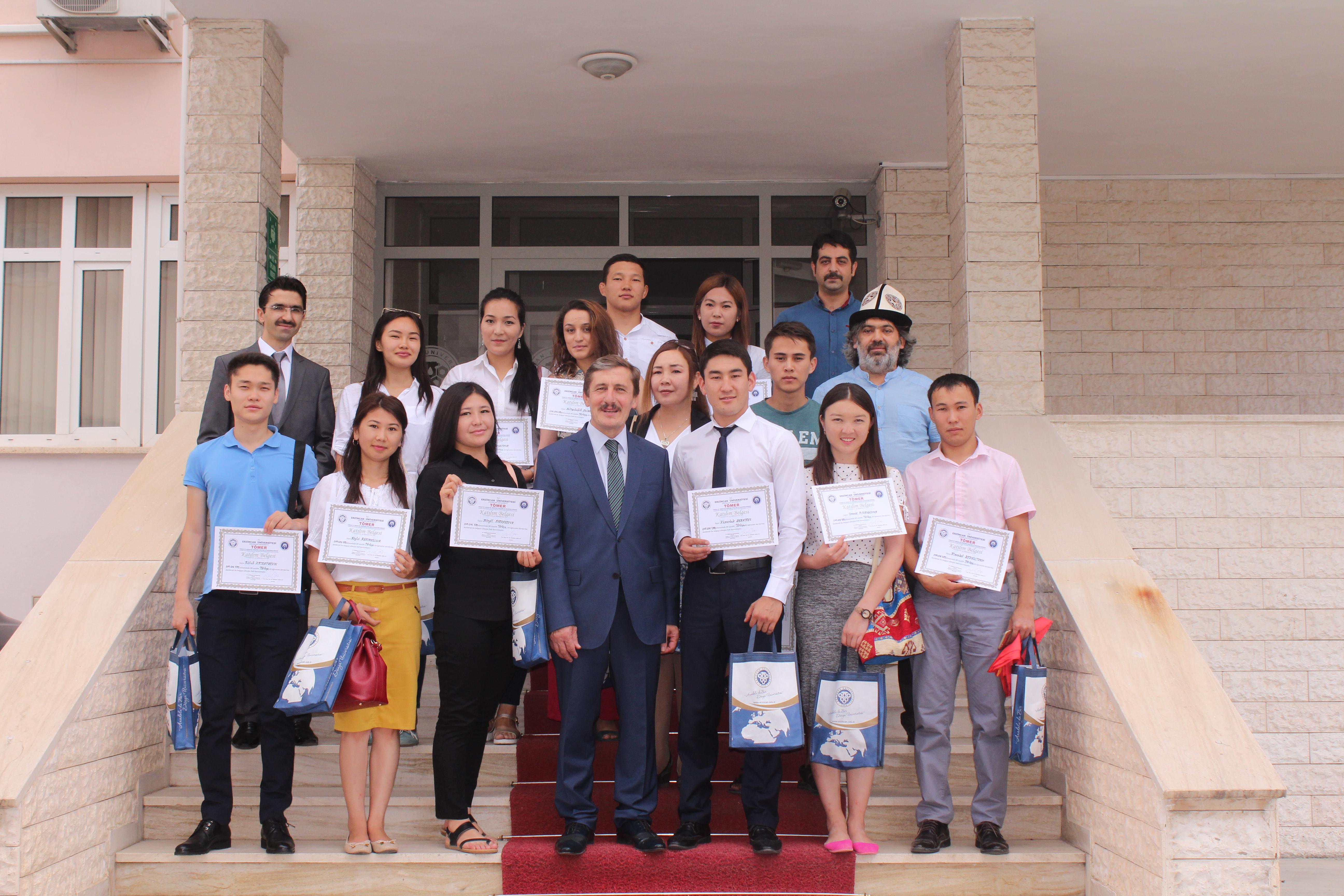 Kırgız Öğrenciler Türkçe Eğitimlerini Tamamladı