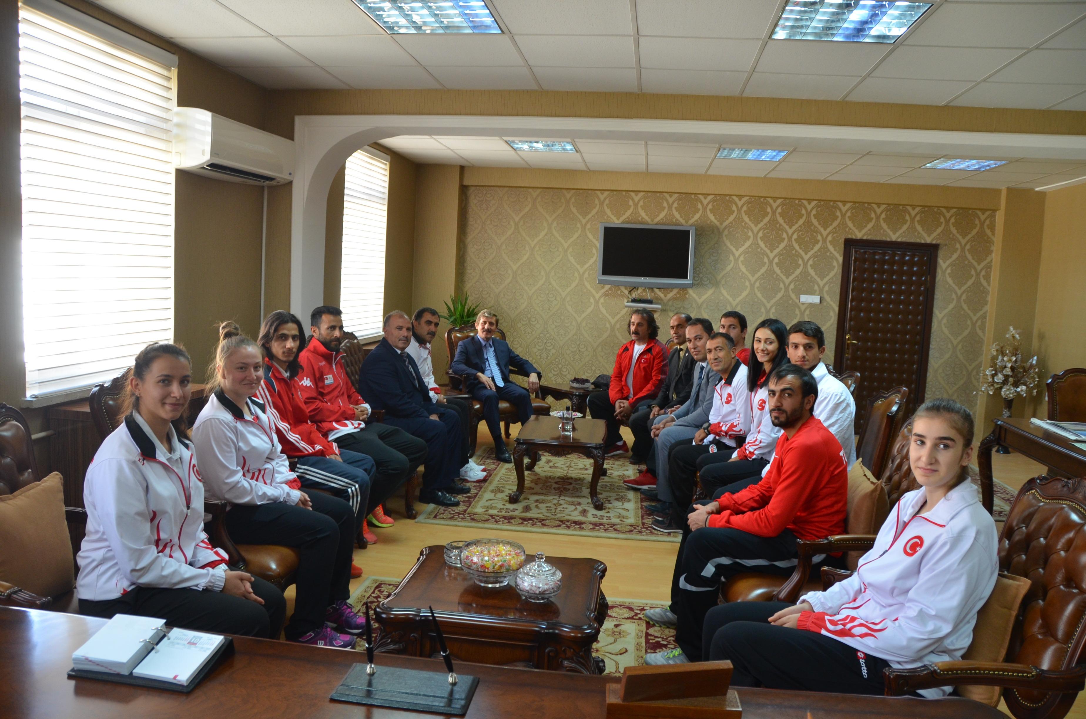 Gençlik Hizmetleri ve Spor İl Müdürlüğünden Rektörümüze Ziyaret