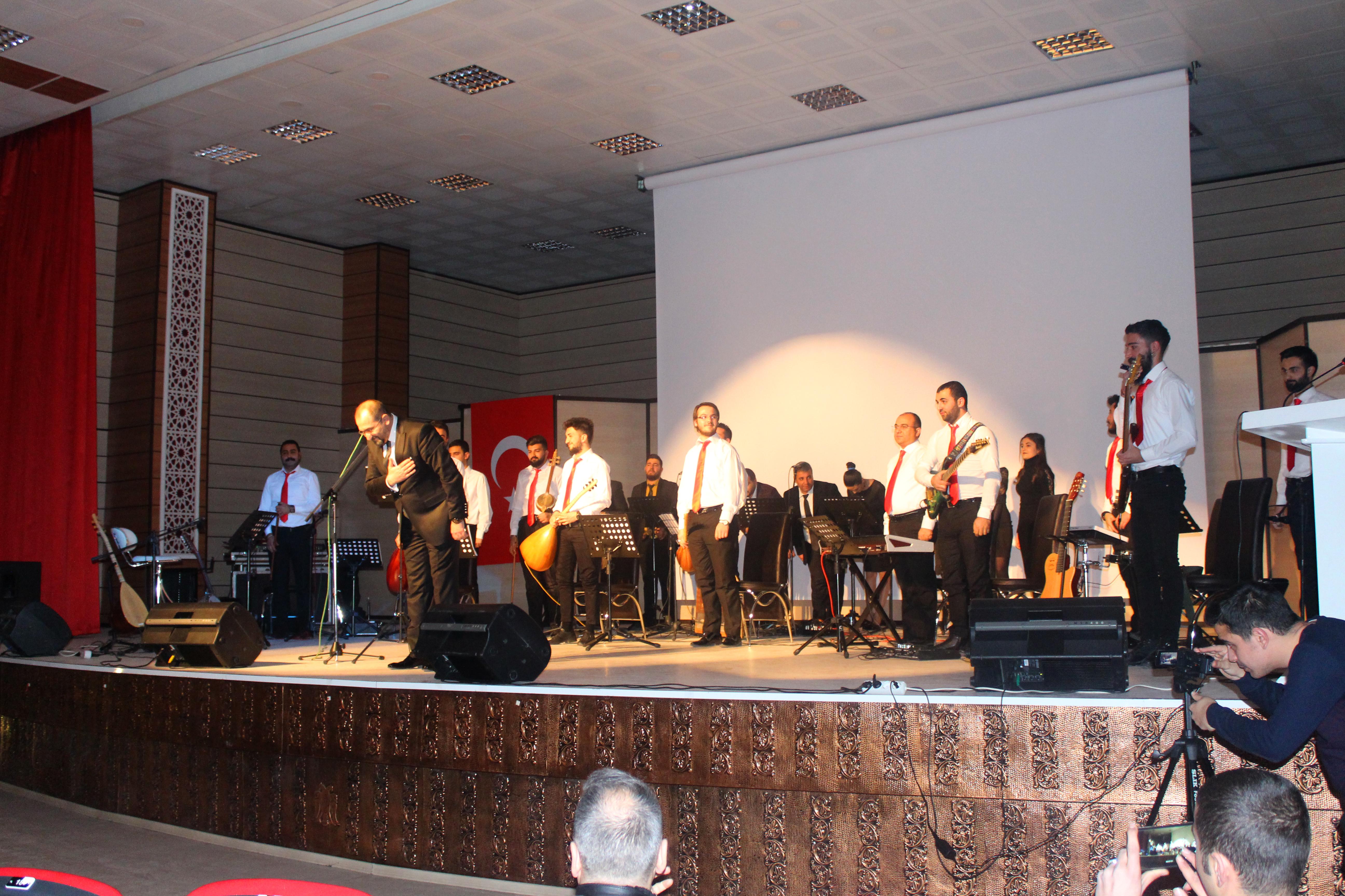 """Üniversitemizde """"Erzincan Türküleri Konseri"""""""