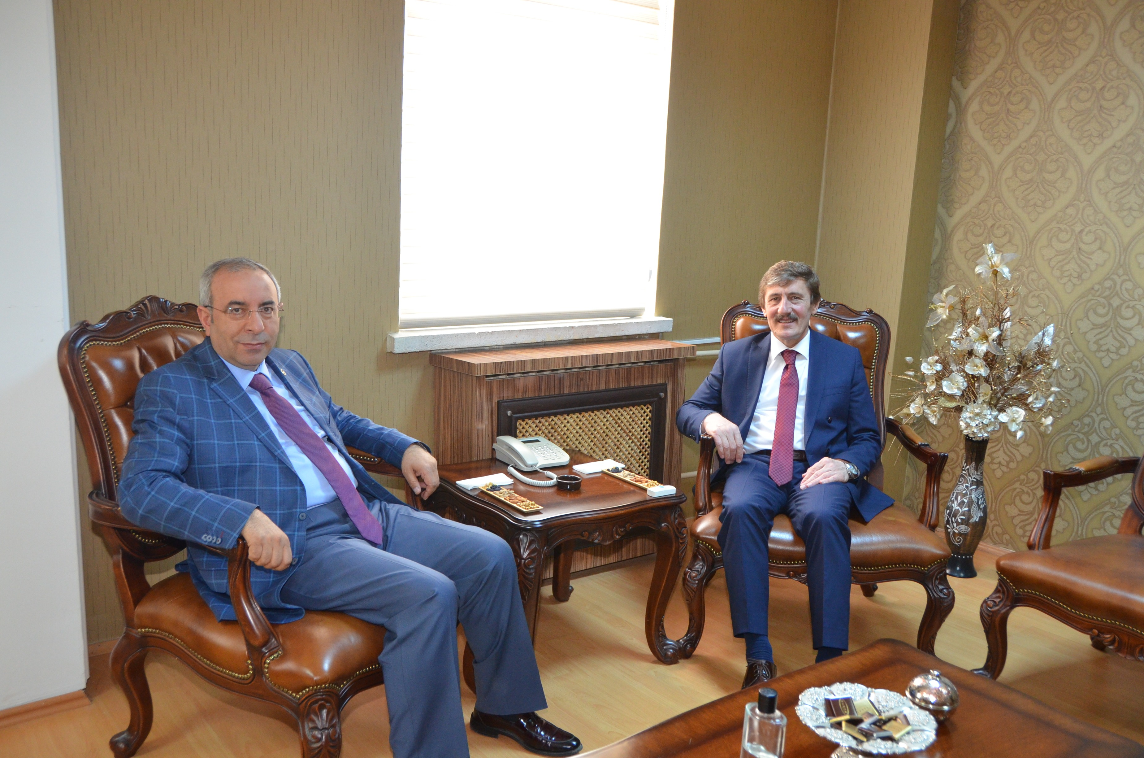 Visit from Yüzüncü Yıl University Rector Prof. Dr. Battal to our Rector