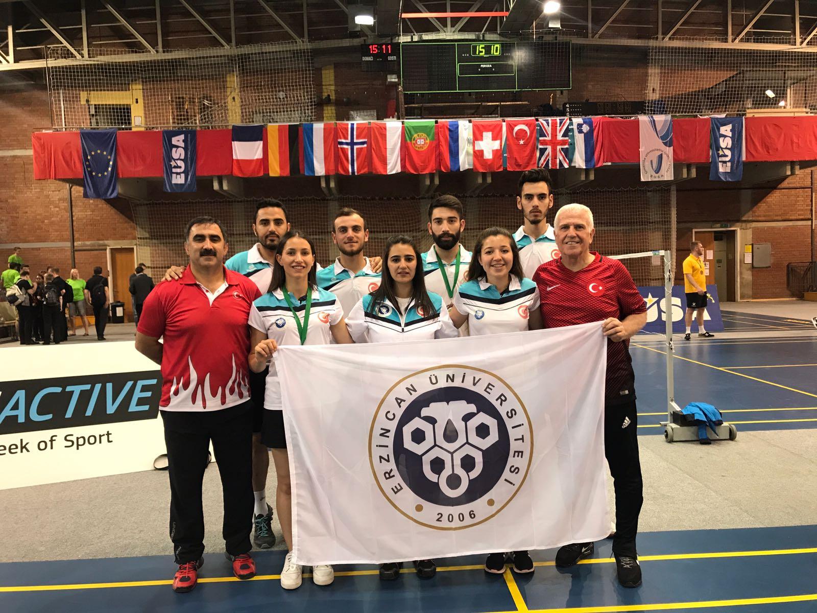 Badminton Takımımız iki Avrupa Üçüncülüğü Elde Etti