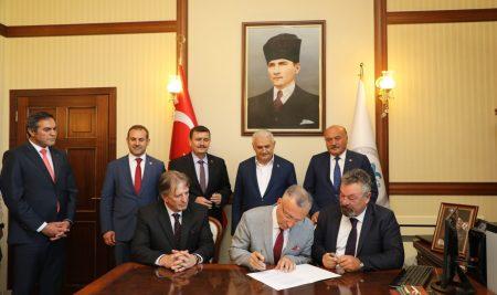 Anagold Madencilik A.Ş. ile Üniversitemiz Arasında Protokol İmzalandı