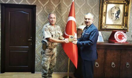 Erzurum Jandarma Bölge Komutanı Okyar'dan Rektörümüze Ziyaret